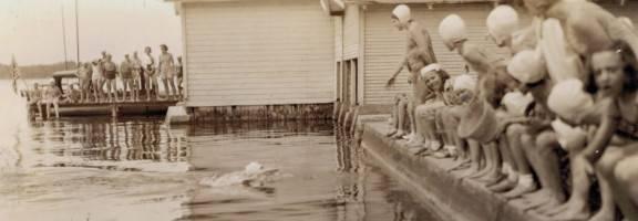 1938 girls swimming