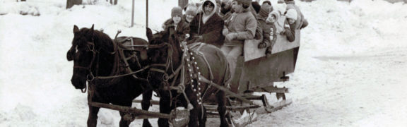 A sleigh ride on Chatfield Road, c. 1994